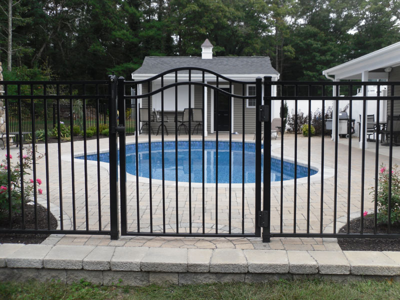 Aluminum ornamental south east fence supply